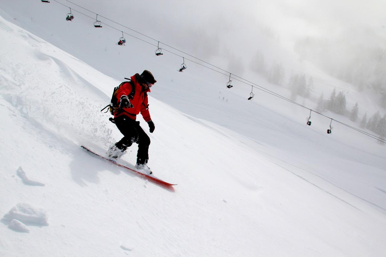 snowboarder med fart på
